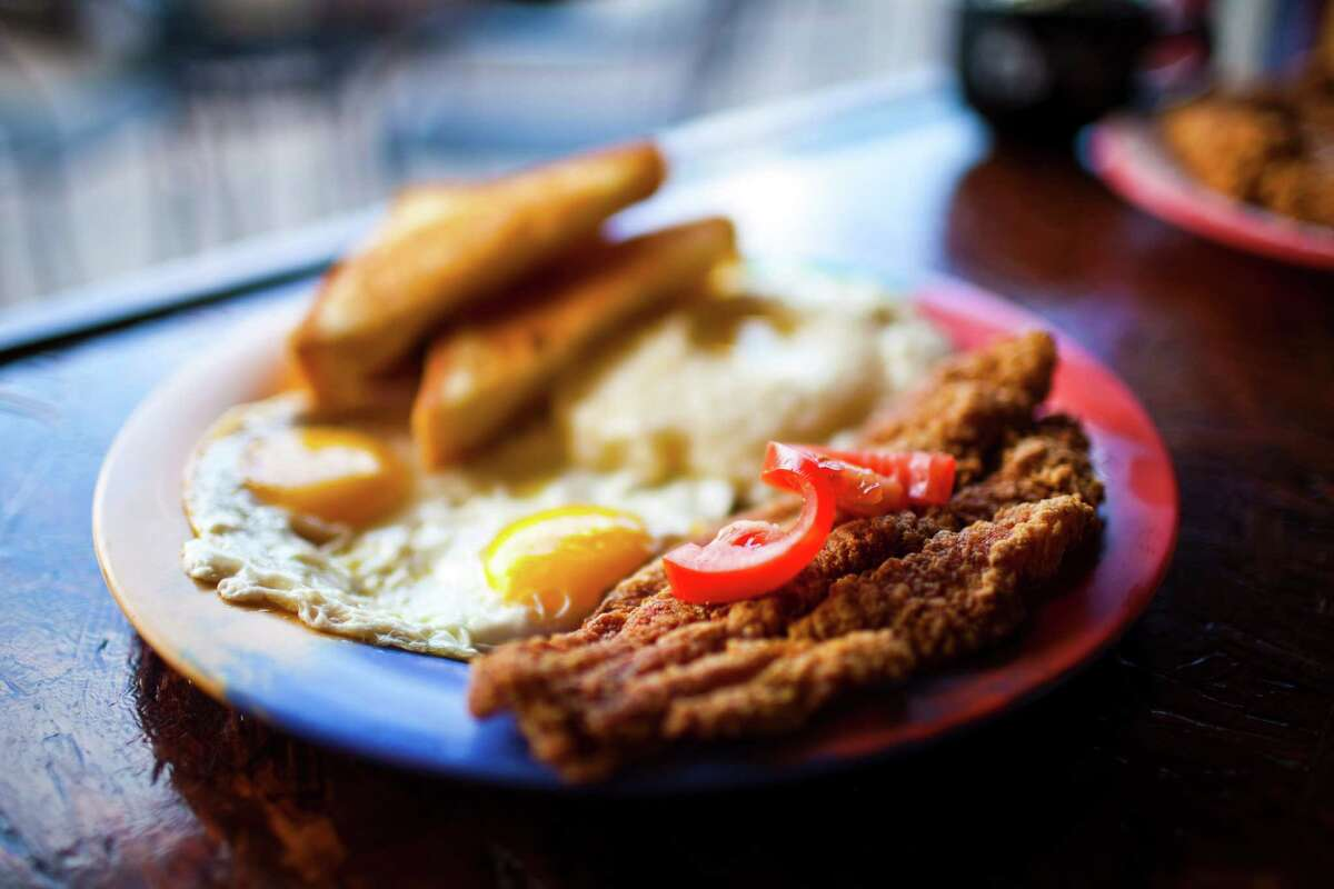 Katfish & Grits plate at Breakfast Klub