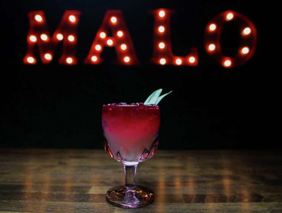 The Pineapple Hibiscus margarita at El Big Bad Photo: James Nielsen, Staff / © 2013  Houston Chronicle