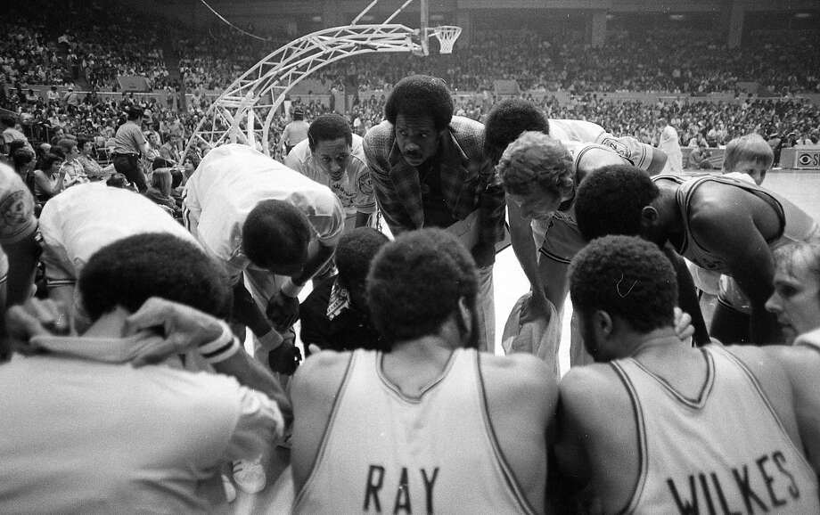 Golden State Warriors vs the Washington Bullets in Game 2 of the  NBA championship. 