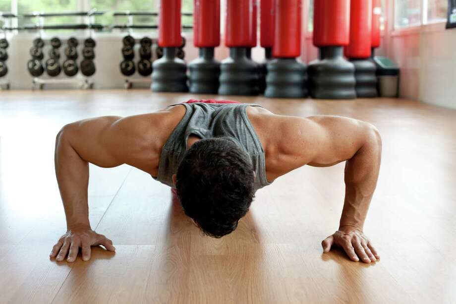 If your workouts have left you with sore muscles, you have options to speed the recovery. / Zai Aragon - Fotolia