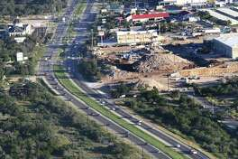 US 281 looking northbound with the intersection of Marshall Rd at the top of the frame.  Construction of managed lanes, a type of toll lane, are being proposed on four San Antonio expressways in the next several years.  Friday, Nov. 1, 2013