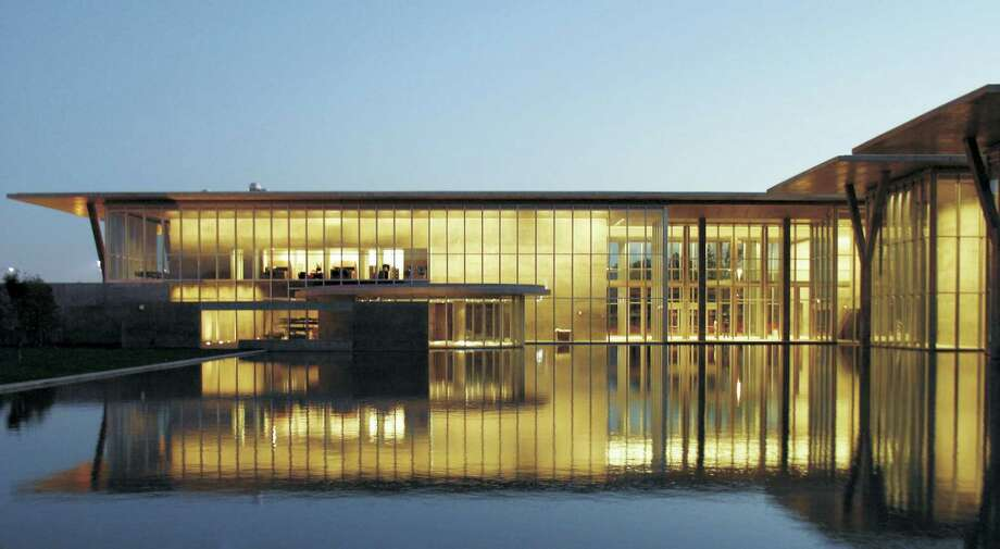 The Modern Art Museum Of Fort Worths Building Designed By Japanese Architect Tadao Ando