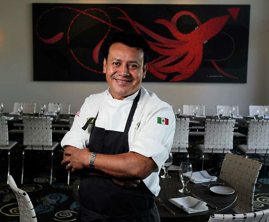 Caracol restaurant chef/owner Hugo Ortega Photo: James Nielsen, Staff / Ã  2013  Houston Chronicle