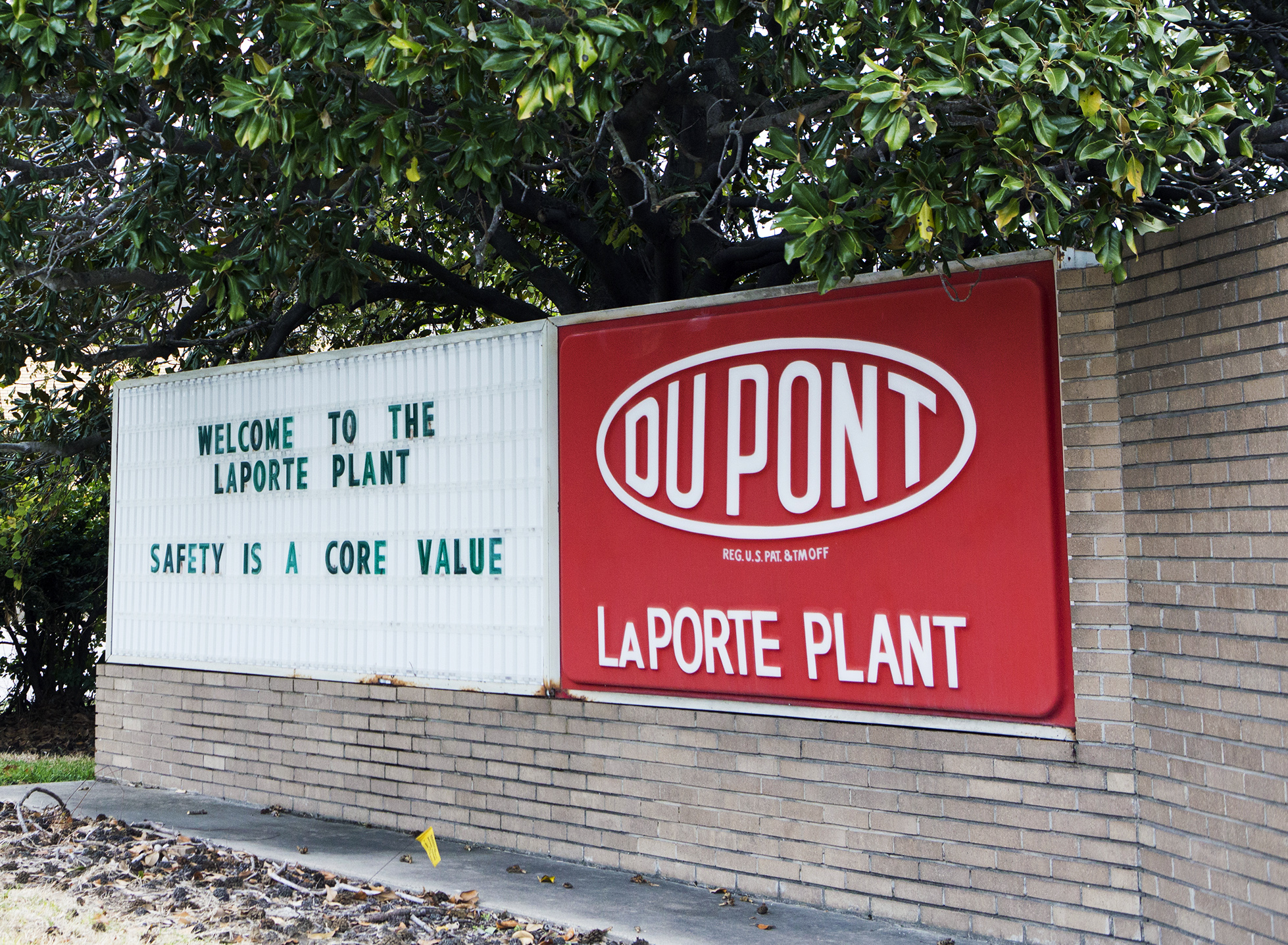 Csb to release report on dupont la porte plant disaster for La porte to houston