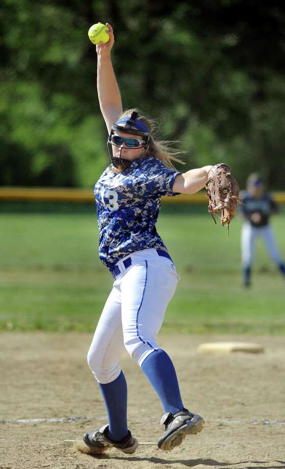 Shaker's Allie Lajeunesse winds up a pitch during their softball game against Bethlehem Re-enactors on Friday, May 22, 2015, in Stillwater, N.Y. (Cindy Schultz / Times Union) Photo: Cindy Schultz / 00031940A