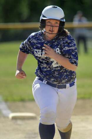 Shaker's Bella Spadinger sprints for home during their softball game against Bethlehem on Friday, May 22, 2015, at Shaker High in Latham, N.Y. (Cindy Schultz / Times Union) Photo: Cindy Schultz / 00031940A