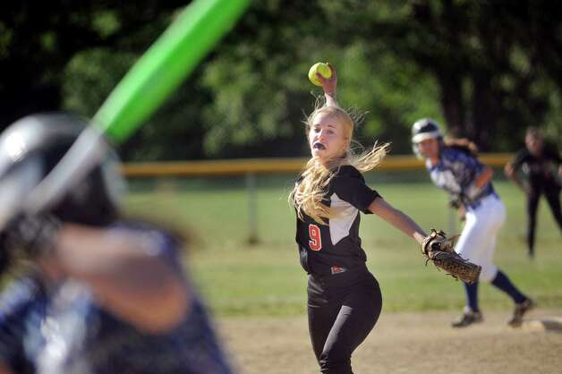 Bethlehem's Emma Downing winds up a pitch  during their softball game against Shaker on Friday, May 22, 2015, at Shaker High in Latham, N.Y. (Cindy Schultz / Times Union) Photo: Cindy Schultz / 00031940A