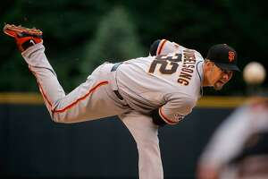 Shutout run ends, but Giants hang on for seventh straight win - Photo