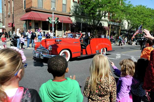 An old-fashion hose wagon is part of the Ballston Spa Memorial Day Parade on Saturday, May 23, 2015, in Ballston Spa, N.Y. (Cindy Schultz / Times Union) Photo: Cindy Schultz / 00031958A