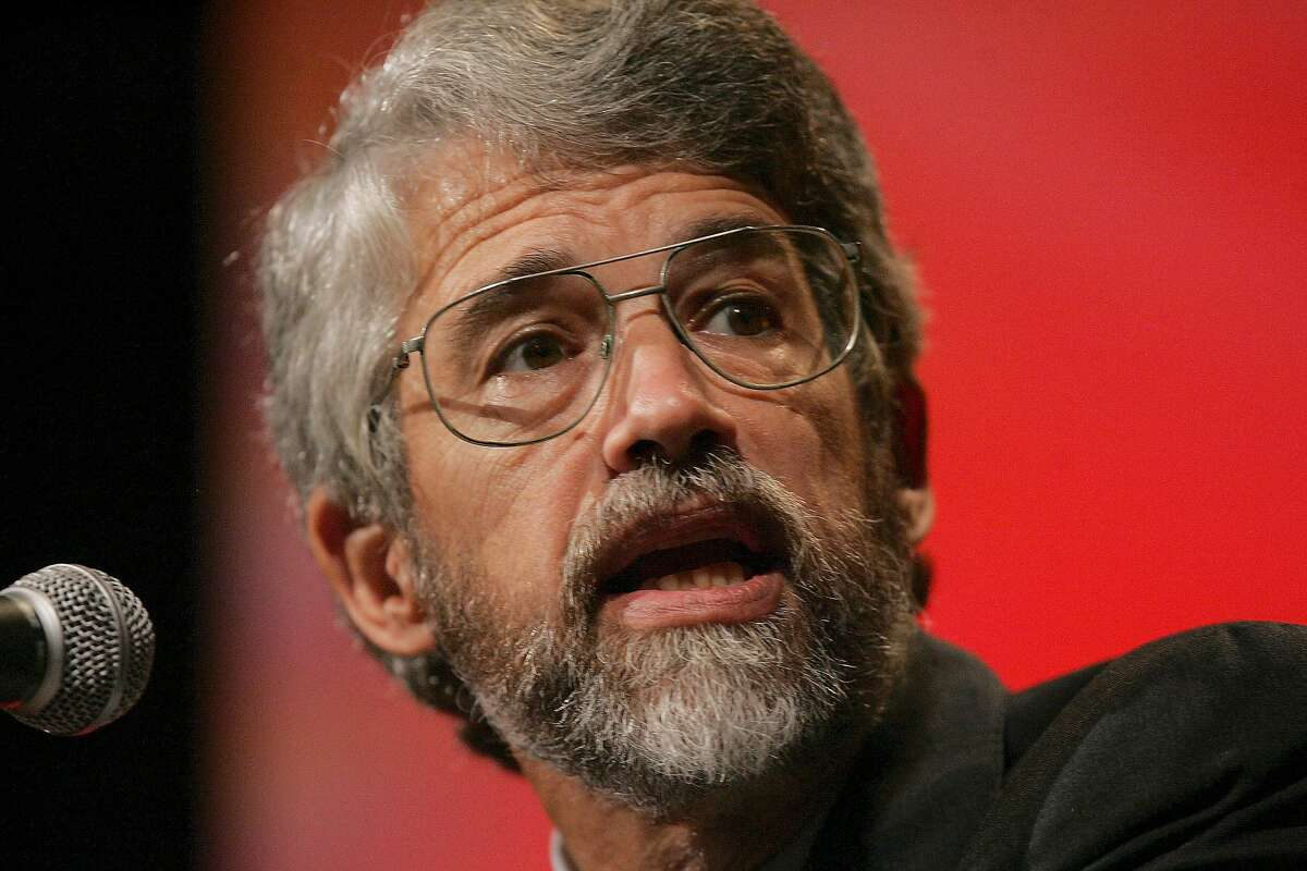 John Holdren, professor of Environmental Science and Public Policy in the Department of Earth and Planetary Sciences at Harvard University, speaks at the Carnegie Medal of Philanthropy presentations in Pittsburgh, Wednesday, Oct. 17, 2007. (AP Photo/Keith Srakocic)