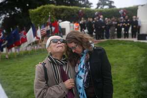 S.F. Memorial Day ceremony salutes those who fell in wartime - Photo