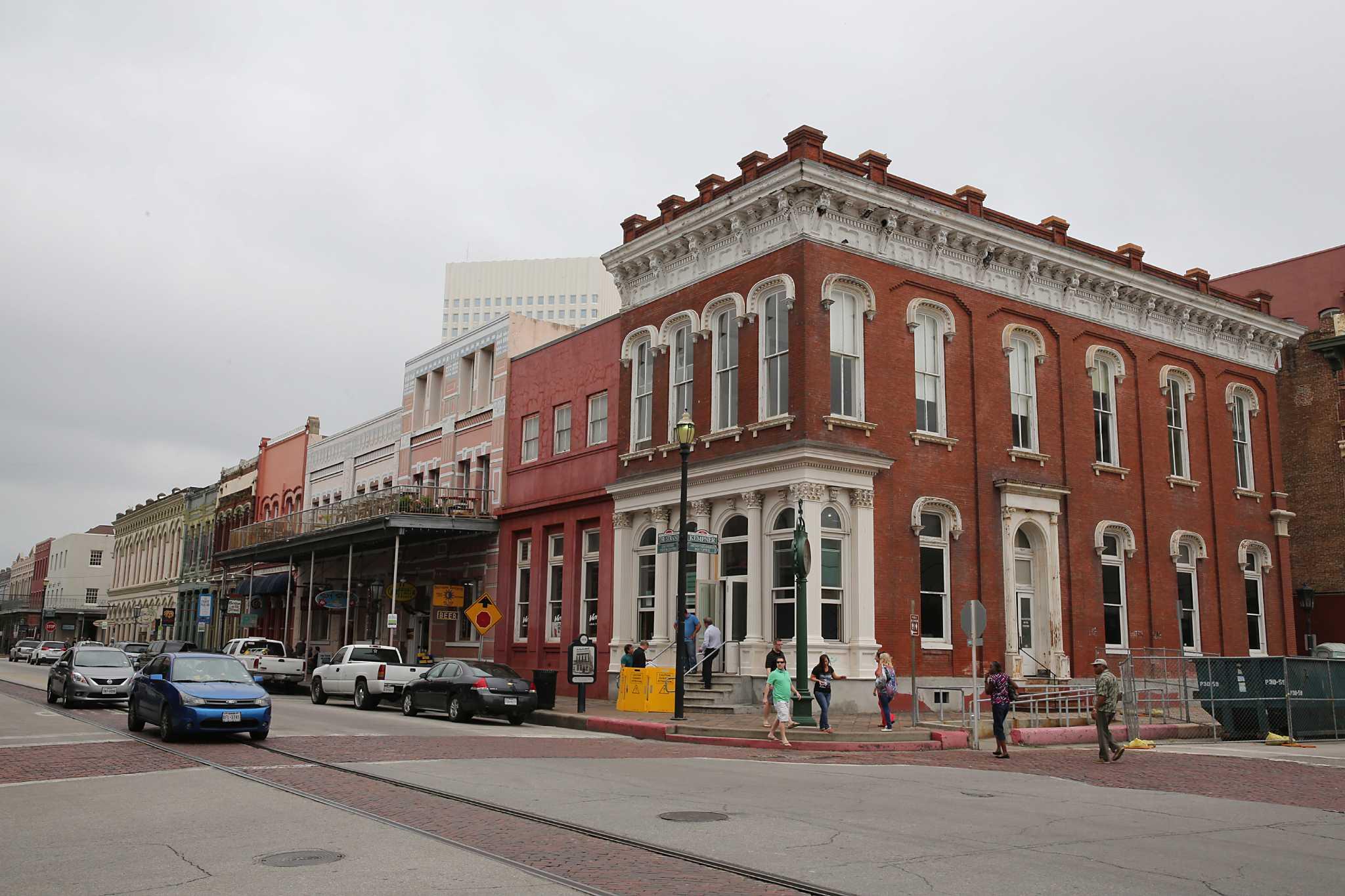 rescue of historic galveston building provides art center