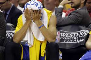 Warriors lose game, but don't lose Stephen Curry - Photo