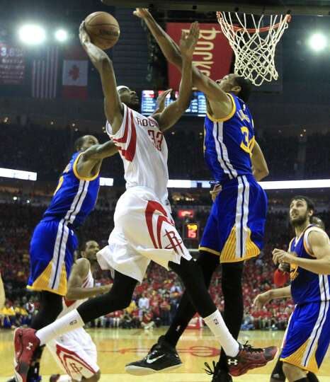 Houston Rockets Guard Corey Brewer (33) Takes A Shot With