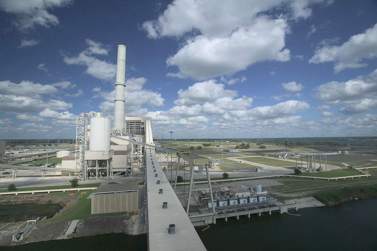 The Supreme Court on Monday blocked an Environmental Protection Agency regulation to limit air pollutants from by coal-fired power plants. CPS Energy said it already had plans in place to meet pollution requirements at its coal-fired plant, such as the one shown here.