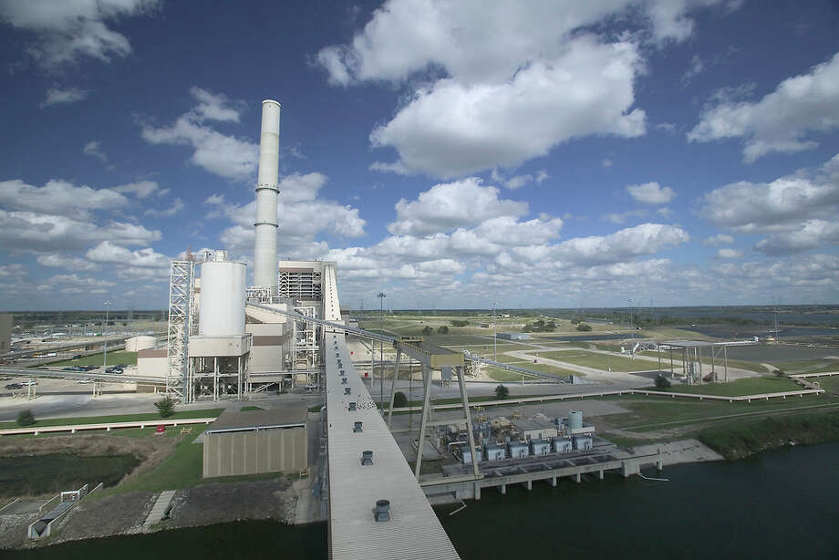 The Supreme Court sent back to a lower court the  regulation to limit air pollutants from  coal-fired power plants.  Photo: CPS Energy / City Public Service