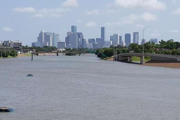 Houstonian Mike McGuff took this shot of the downtown Houston skyline from HWY-288.