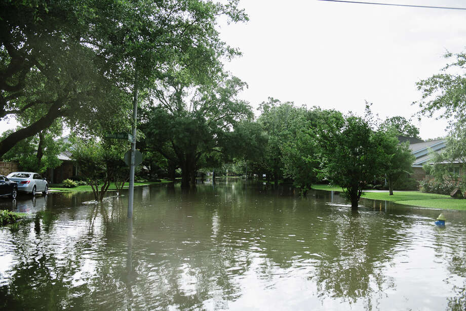 Flooding damage in the Meyerland area. May 26, 2015 Photo: Submitted By Karen Johnson Jacot / (c) Karen Jacot Photography