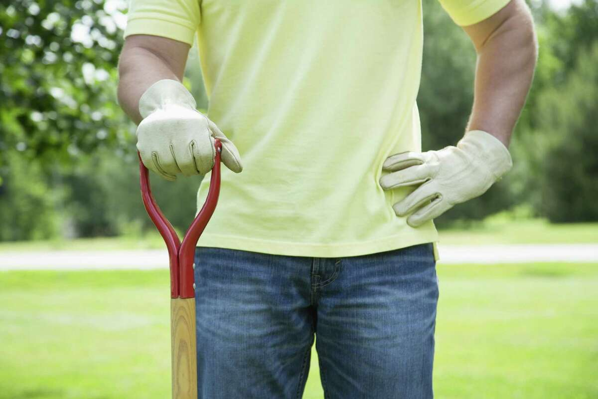 19. Managers of landscaping workers Fatalities per 100,000 people: 14.31 Median annual pay: $42,570
