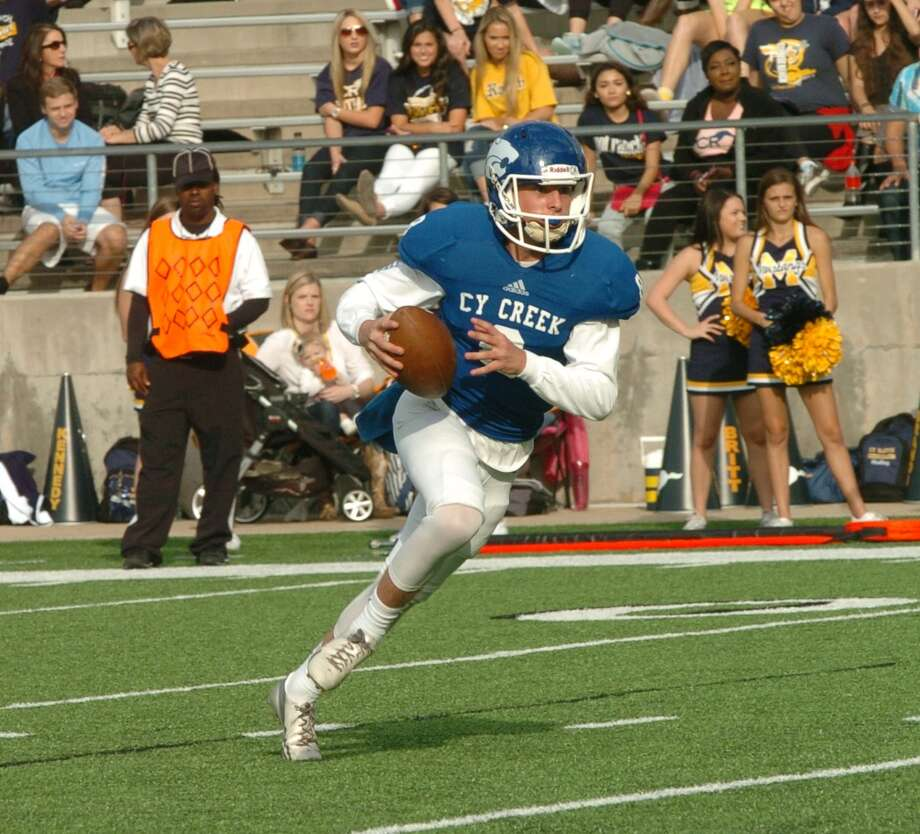 Cy Creek quarterback Luke Allen put in his time during spring drills with the goal of leading the Cougars to the playoffs for the first time in five years. Photo: Eddy Matchette, Freelance / Freelance