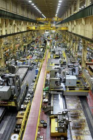 Low pressure steam turbine rotors being completed in building 273's 1/4 mile long G Bay at GE's main plant Tuesday May 26, 2015 in Schenectady, NY.  (John Carl D'Annibale / Times Union) Photo: John Carl D'Annibale / 00031999A