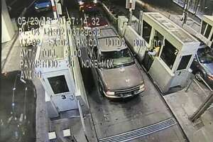 CHP: Girl seen screaming in SUV at Bay Bridge toll plaza is OK - Photo