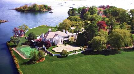 In listing for $54 million a hedge fund executive's estate on Vista Drive in Greenwich, Conn., the property's marketing materials have played up a prior owner -- Donald Trump.