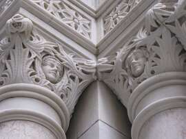 The historic buildings and masonry towers of San Francisco's Financial District are filled with details that you may not expect -- such as the angels (cherubs?) that top the columns framing the entrance to the Mills Building at 220 Bush St., a landmark with roots going back to 1891.