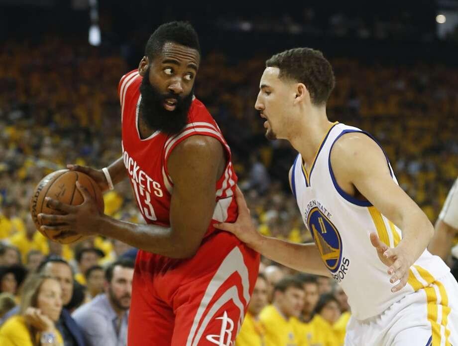538479063694 Houston Rockets guard James Harden (13) works against Golden State Warriors  guard Klay Thompson