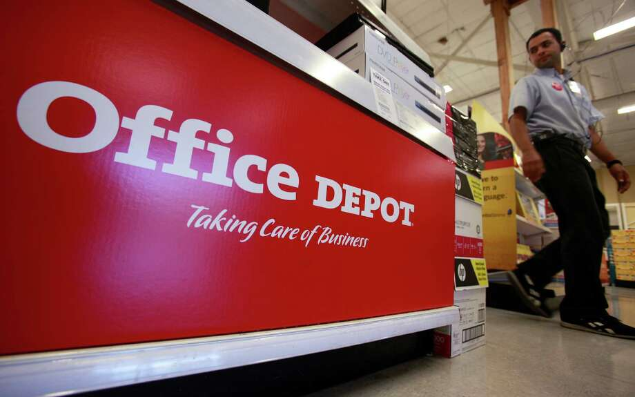 First up, the retailers with the best average discounts...10. Office Depot and OfficeMax — 42.8% Photo: Paul Sakuma, STF / AP
