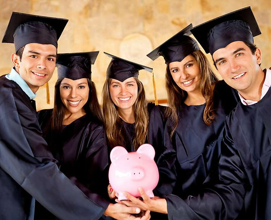 The U.S. Department of Education calculates the average earning of college graduates at hundreds of universities across the nation.See which Connecticut colleges have their alumni earning the most after graduating. Read more.  Photo: Fotolia