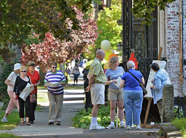 Union Street's sidewalks fill will visitors during the 2014 Stockade Walkabout Saturday Sept. 27, 2014, in Schenectady, NY.  (John Carl D'Annibale / Times Union) ORG XMIT: MER2014100110184926 Photo: John Carl D'Annibale / 10028795A