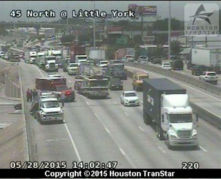 A four-vehicle accident on Interstate 45 is tying up traffic heading into downtown. Photo: Houston TranStar