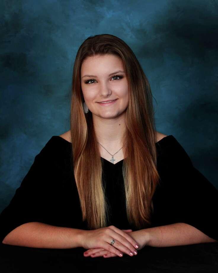 Ashley Coalson has been named co-valedictorian for Faith West Academyés Class of 2015. She will attend Texas A & M University. Photo: Faith West Academy