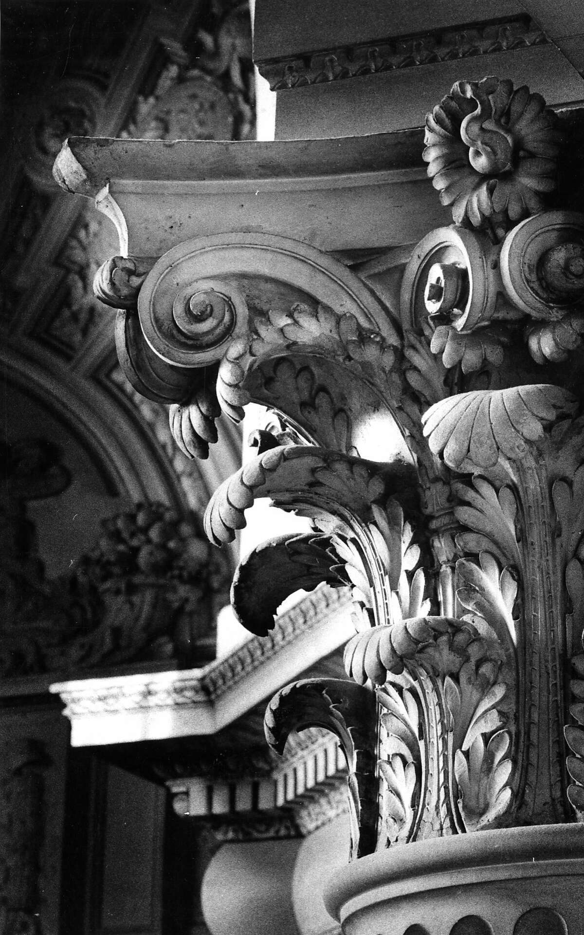 Jan. 10, 1977: A Corinthian column in San Francisco City Hall.