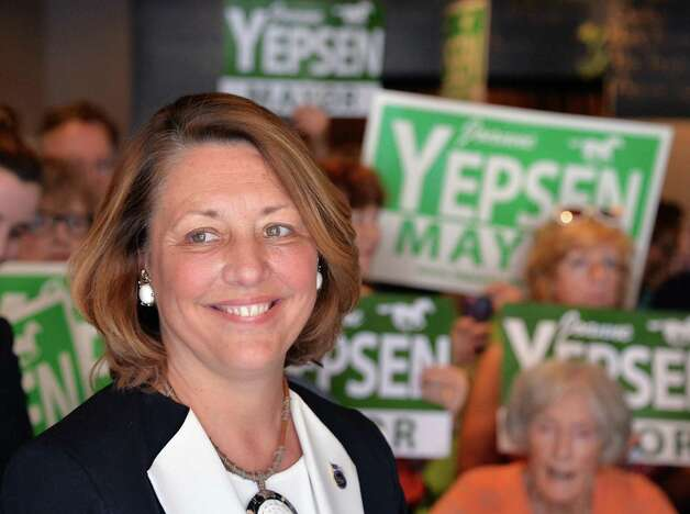 Saratoga Springs Mayor Joanne Yepsen announces her re-election campaign Thursday May 28, 2015, at a news conference in Saratoga Springs, N.Y.  (John Carl D'Annibale / Times Union) Photo: John Carl D'Annibale / 00032042A