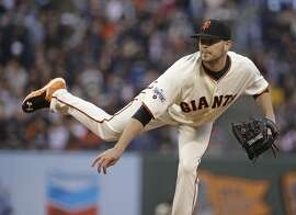 San Francisco Giants starting pitcher Chris Heston throws in the third inning of their baseball game against the Atlanta Braves Thursday, May 28, 2015, in San Francisco. (AP Photo/Eric Risberg)
