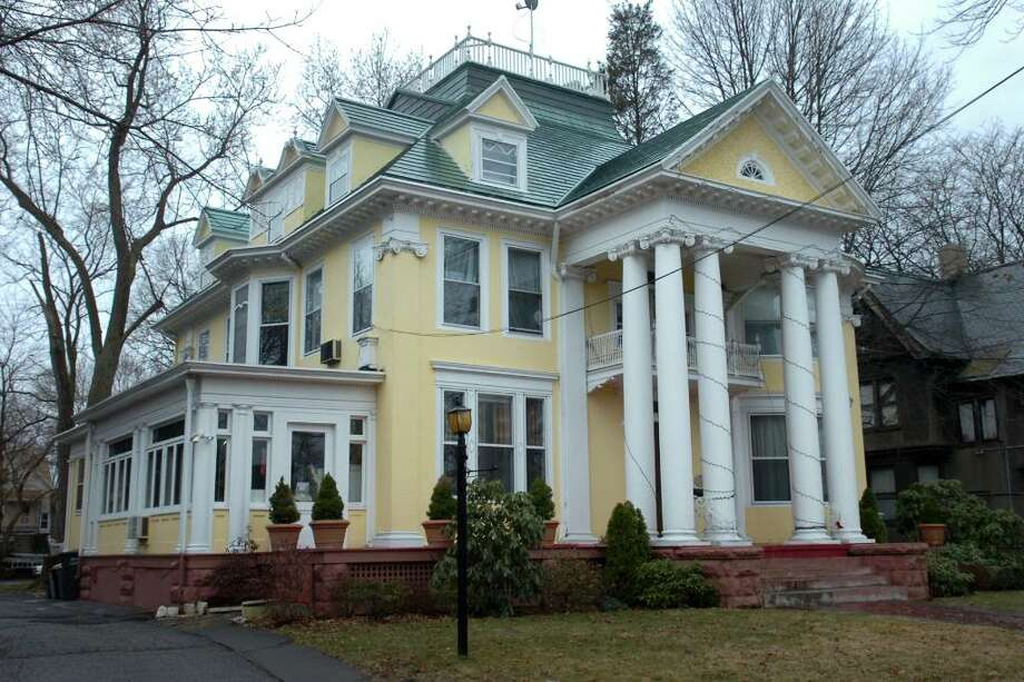 The Bridgeport Zoning Board of Appeals on Wednesday unanimously rejected the proposal to establish a transitional housing facility for women veterans in this historic house at 893 Clinton Ave. Photo: Ned Gerard / Connecticut Post