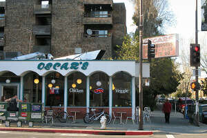 Berkeley icon Oscar's to close, be replaced by salad chain - Photo
