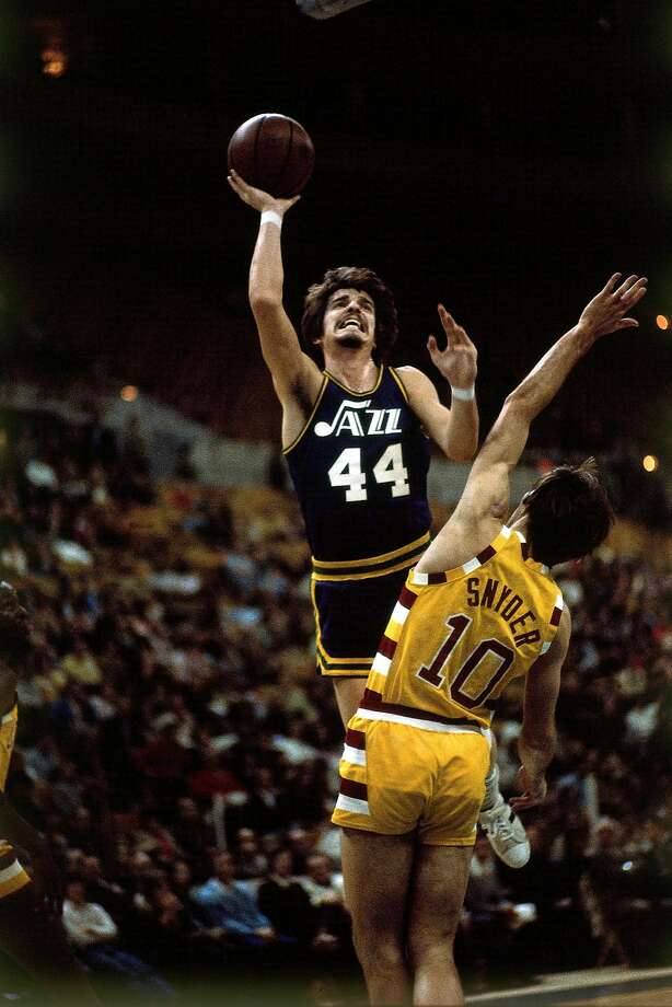 Ostler: Before there was Curry, 'Pistol Pete' stole the show - SFGate