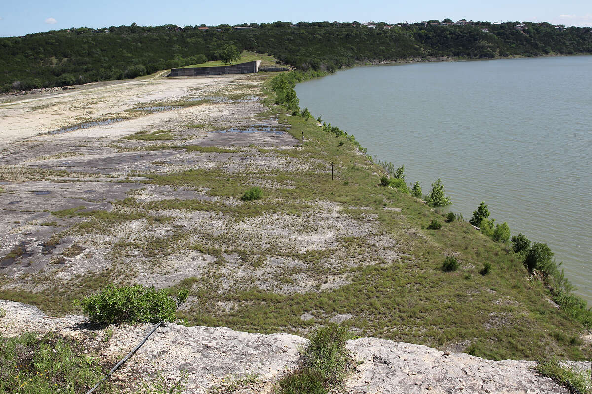 searchers find body of san antonio man reported missing at canyon lake reported missing at canyon lake