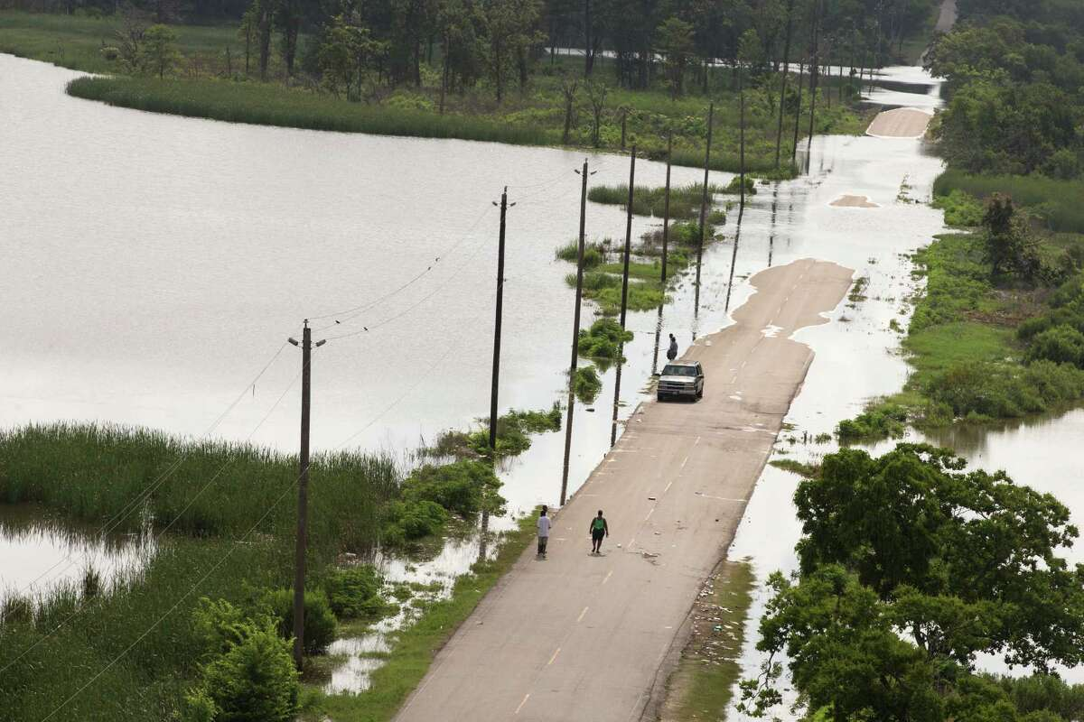 A fresh analysis found 2015 floods could cost Texas more than $3 billion.See photos of the historic floods that swamped Texas this year and in years past...