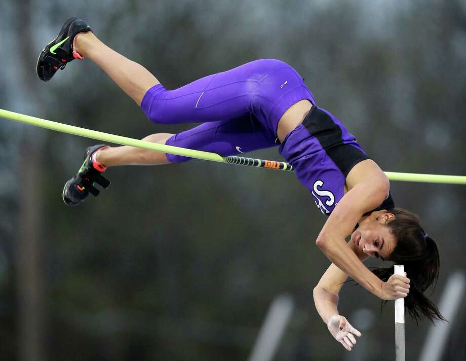 Stephan F. Austin's Demi Payne looks to clear the bar during the women's pole vault at the Drake Relays on April 24, 2015. Photo: Charlie Neibergall /Associated Press / AP