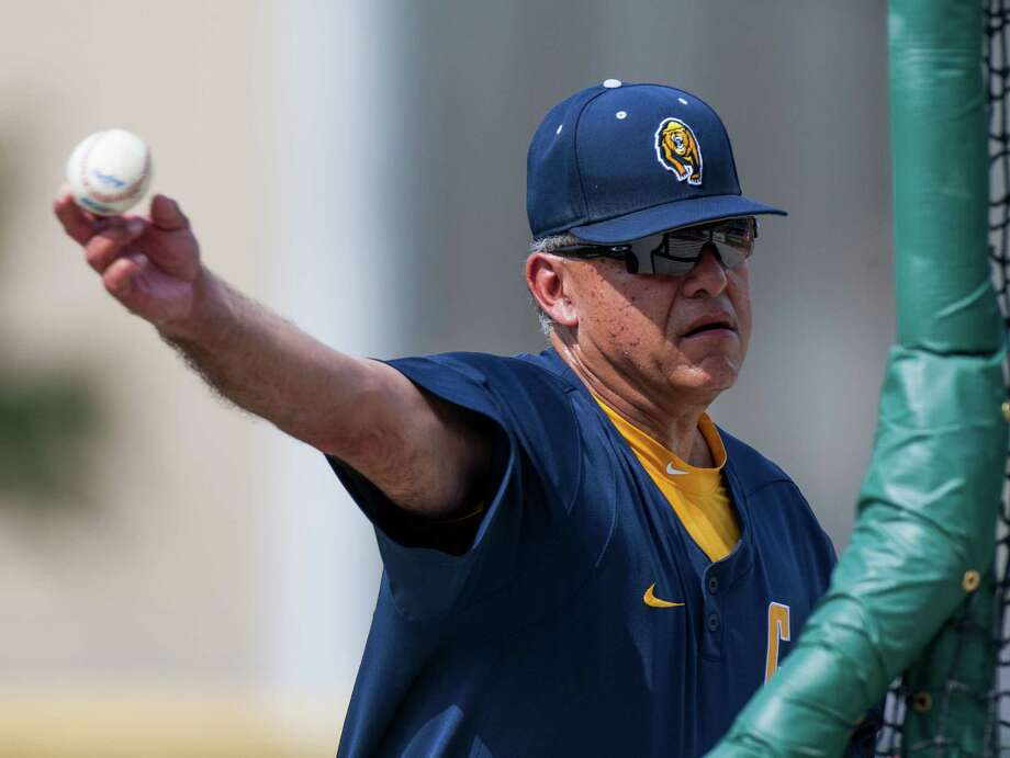 Dave Esquer (pictured) succeeds Mark Marquess as Stanford's head baseball coach. Photo: Juan DeLeon, Associated Press / FR171058 AP