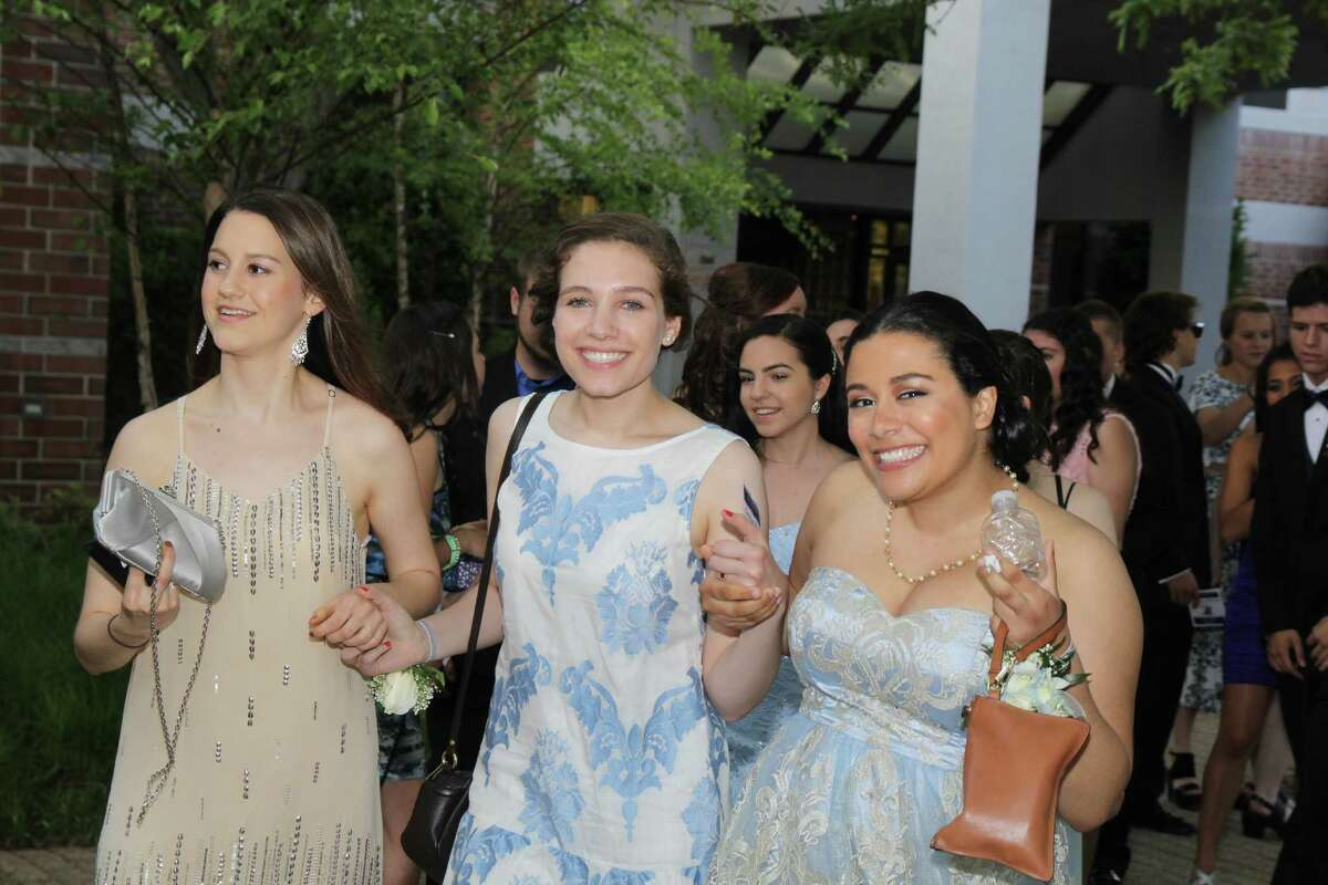 Fairfield Ludlowe High School's senior prom was held at the Trumbull Marriott on May 30, 2015. Were you SEEN?