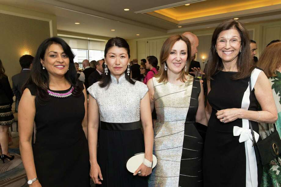 Lata Krishnan, Akiko Yamazaki, Noosheen Hashemi and Jane Wales at the World Affairs Council Awards Dinner at the Four Seasons Hotel on May 26, 2015. Photo: Drew Altizer Photography / © 2015 Drew Altizer Photography