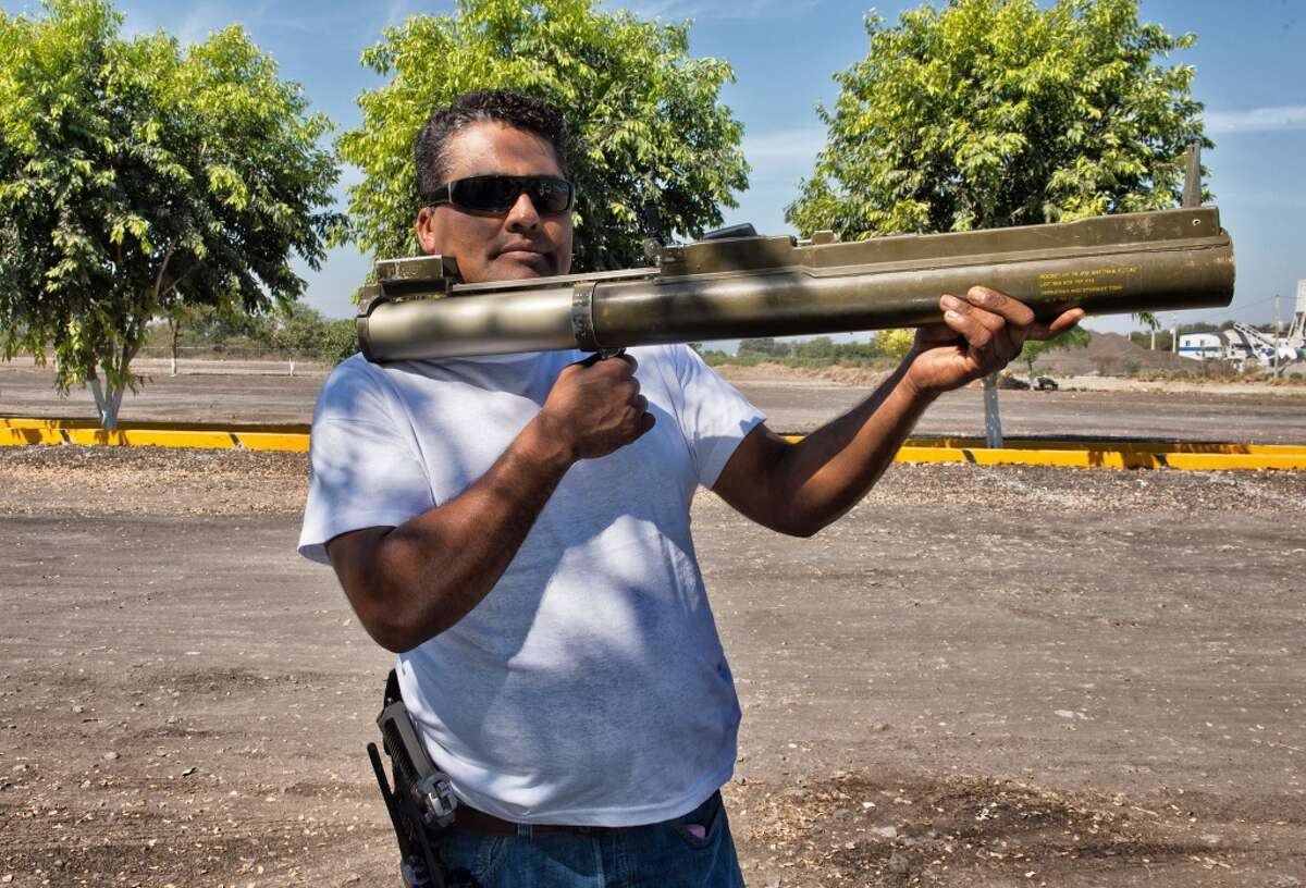 LAW rockets Use of LAW 80 (Light Anti-armour Weapon 80) rockets by cartels are all too common. As many as 14 of these U.S. weapons traced to the El Salvador army fell into hands of the Mexican drug gangs. They were recovered in 2011.