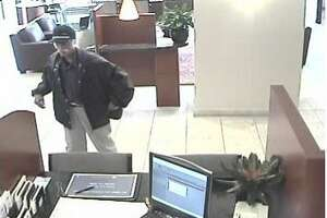 Bank robbed at midday in San Mateo - Photo