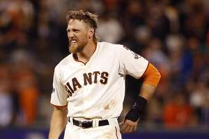 Giants' Hunter Pence unlikely to return before break - Photo