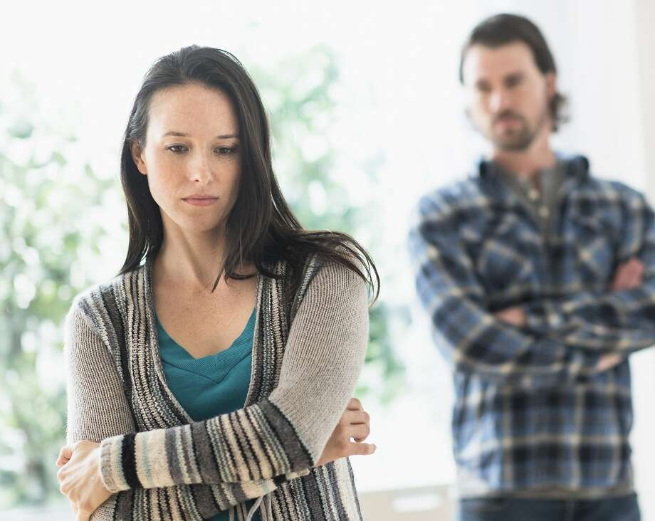 A boyfriend never told his girlfriend that he has a son. Photo: Tetra Images, Getty Images/Tetra Images RF